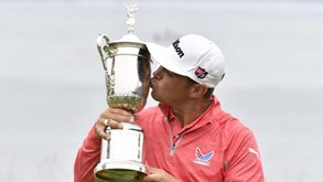 Photo of Gary Woodland resiste a Koepka e conquista US Open