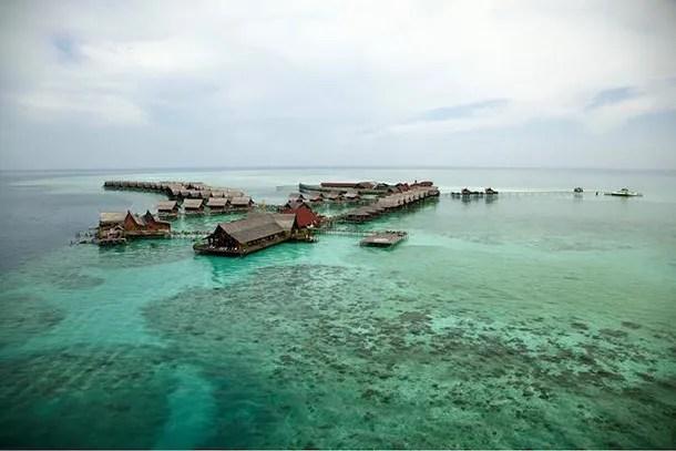 Pulau Kapalai