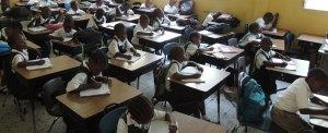 Libéria: volta às aulas e início do retorno à normalidade para nação atingida pelo Ébola