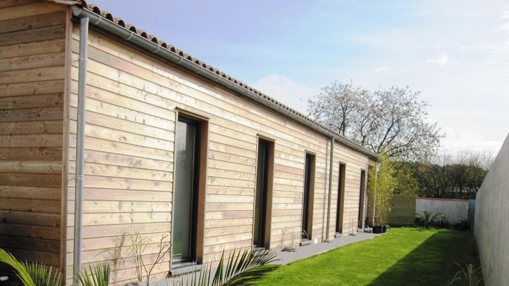 vivanbois-maison-ossature-bois-bardage-bois-meleze-clavette-jpeg