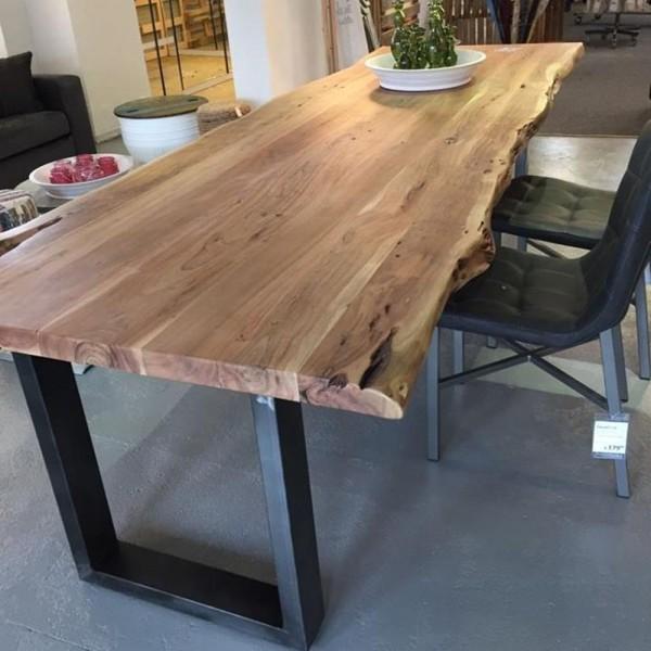 Esstisch Baumkante 240 x 100 cm Esszimmertisch Tisch Baumstamm Massivholz Akazie  New  Maison