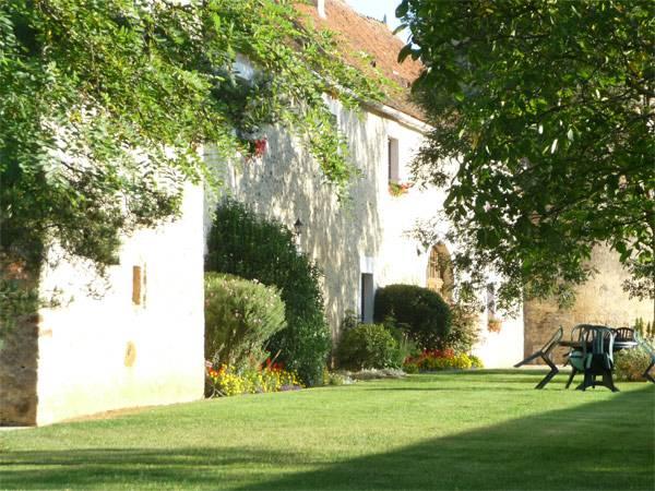 Chteau de ribourdin  chambres dhtes de charme en bourgogne chambre dhte  Chevannes Yonne 89