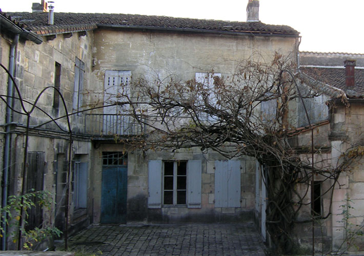 Before-Cour intérieure