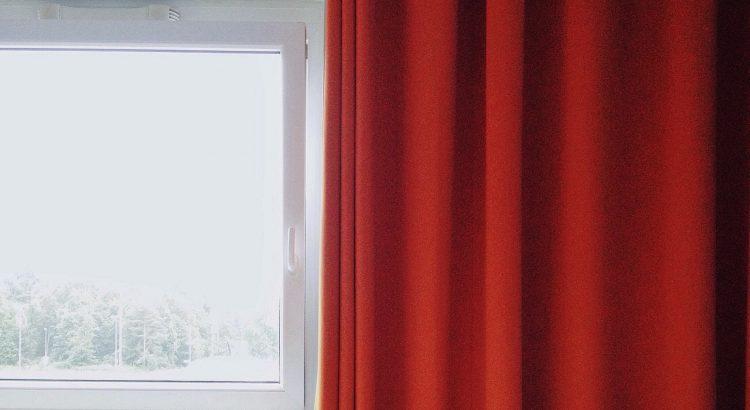 https www maison travaux fr maison travaux conseils pratiques comment fabriquer des rideaux 106574 html