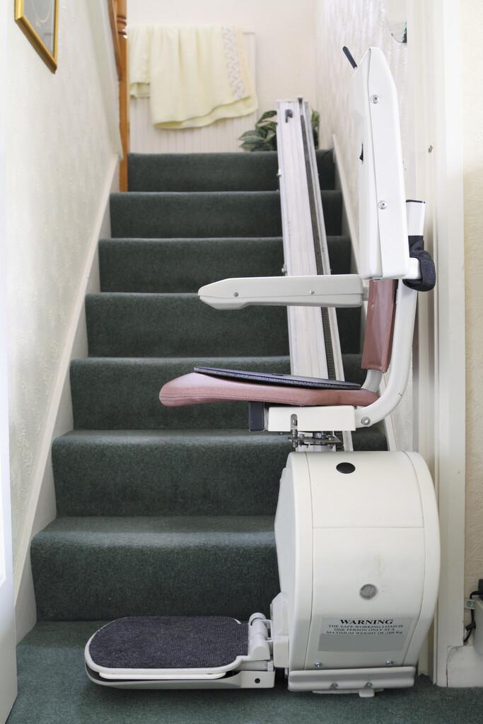 Savoir Demonter Un Monte Escalier