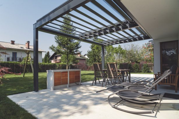 12 solutions pour couvrir sa terrasse