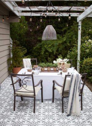 carreaux de ciment sur la terrasse