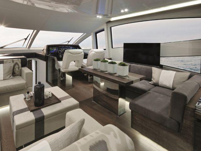 1 yacht de luxe amnag par la dcoratrice Kelly Hoppen