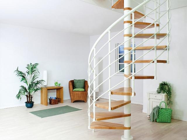 Petits espaces  un escalier gain de place pour mon intrieur