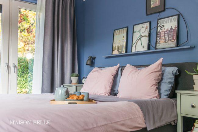 Slaapkamer makeover met blauwe muren  Maison Belle