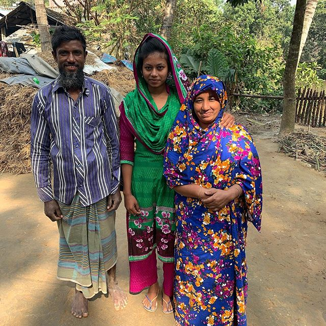 The registration fee for Mukta's final year exams is 5,000 taka (£46.00). This is paid by our macrame partner NGO's welfare fund, into which Maison Bengal contributes