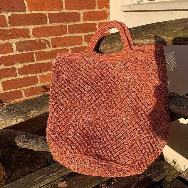 Sundowner - jute macramé shopper mixed pink and orange cord, available now