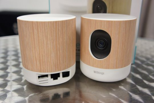 Design et conception de la caméra de surveillance Wi-Fi avec suivi de la qualité de l'air Withings Home