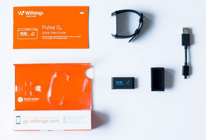 Contenu du packaging du bracelet connecté Withings Pulse Ox