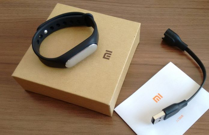 Contenu du packaging du bracelet connecté Xiaomi Mi Band 1S
