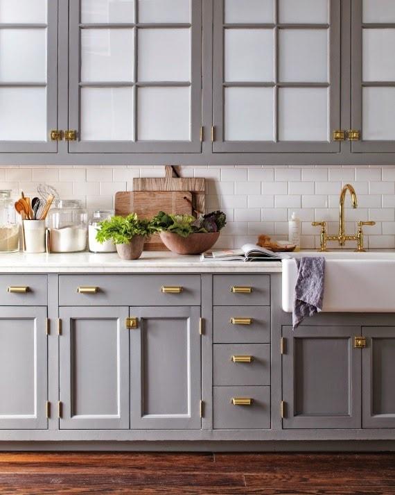 20 gorgeous gray and white kitchens