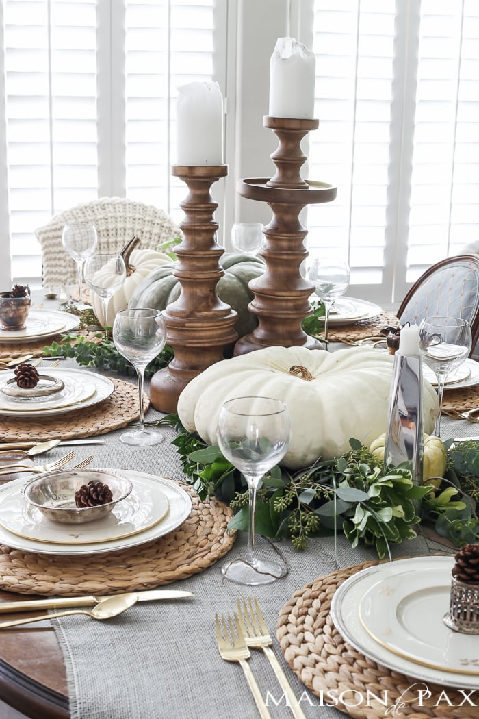 thanksgiving table decorations and