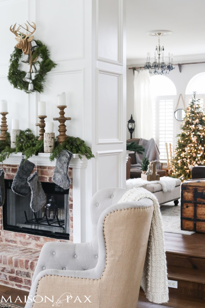 christmas decorating ideas for a small living room designer chairs green and white maison de pax so many lovely natural greenery cozy neutral decorations