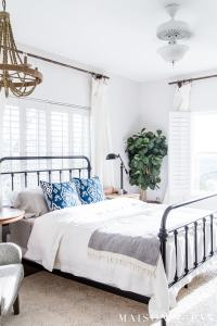 Simple Master Bedroom Decorating Ideas for Spring - Maison ...