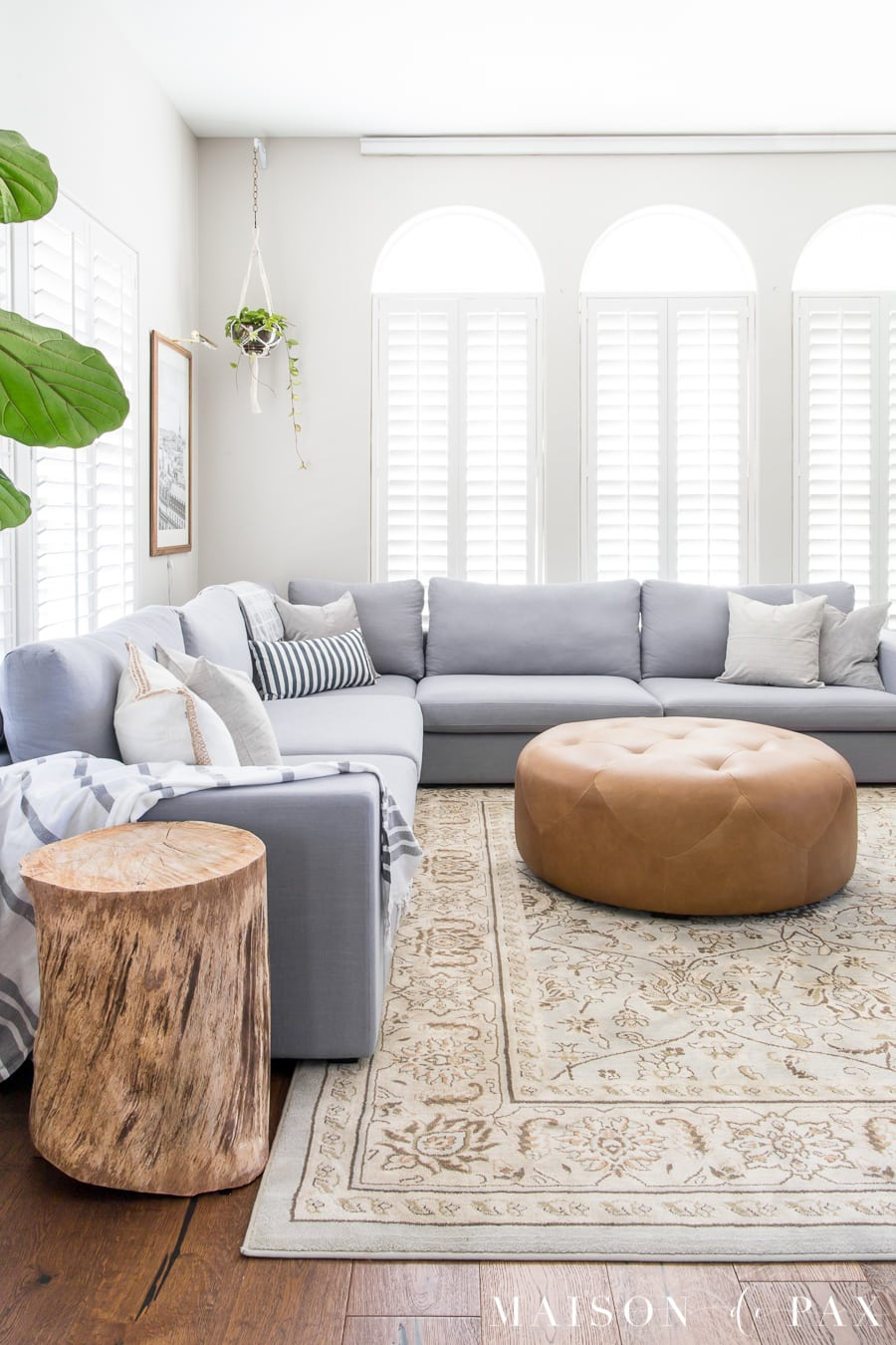 How To Decorate A Living Room With A Sectional Maison De Pax