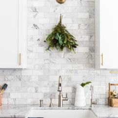 Kitchen Deco Modular Wall Cabinets Christmas Decor Natural Fresh Simple Maison De Pax Can Be Charming Without Being Complicated Use These Easy Holiday Decorating Ideas To Add Some