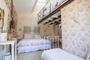 Maison d'hôtes à vendre près du Puy du FOU (chambre 1)