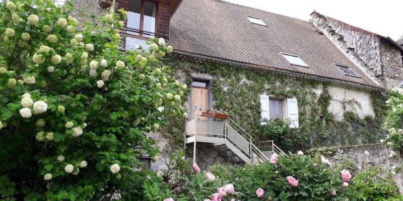 Maison d'hôtes de charme à vendre au coeur du Trièves entre Drôme et Hautes Alpes