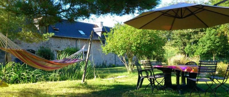 Ecolodge avec chambres d'hôtes à vendre aux portes de Saumur, dans un secteur hautement touristique sur la vallée de la Loire, au cœur du Parc naturel régional Loire-Anjou-Touraine