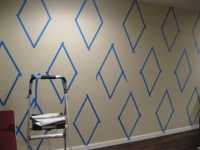 How to paint a diamond pattern on your wall