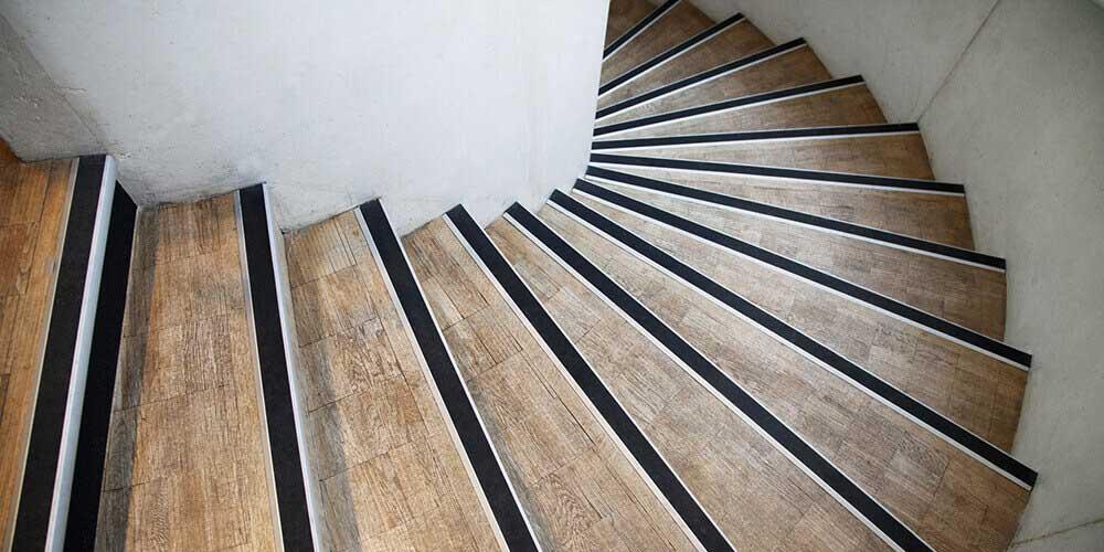 Nez De Marche D Escalier Securite Et Normes