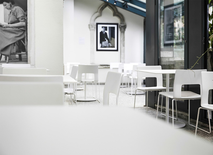 Peggy Guggenheim Café-04