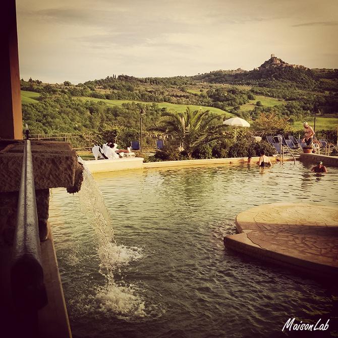 hotel-posta-marcucci-piscina-esterna