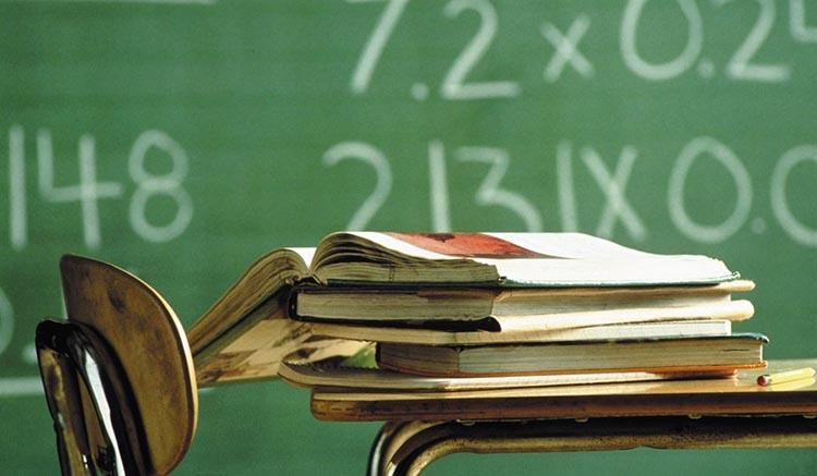 scuola-banchi-libri