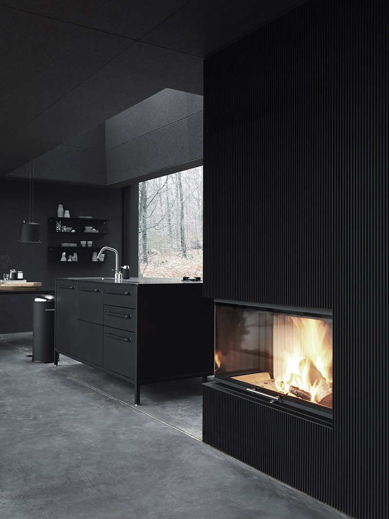Vipp-Shelter-kitchen