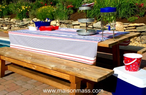 patriotic decor, picnic table, independence day, celebration