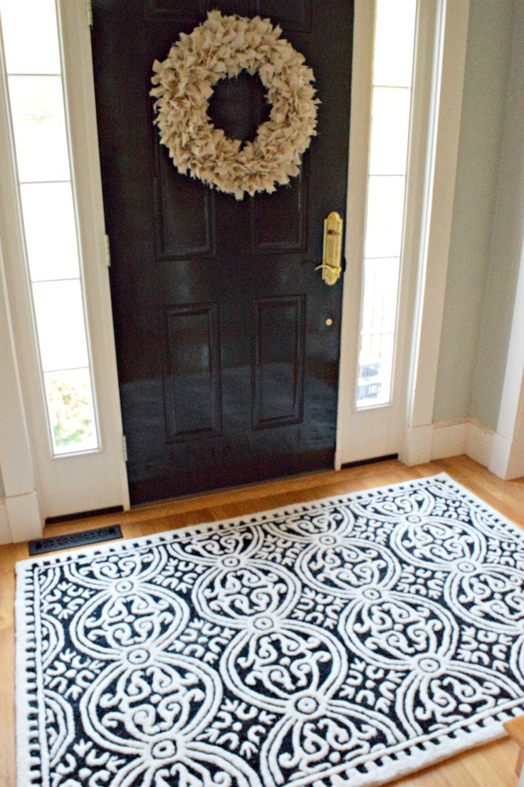 10 foyer rugs that won 39 t break the bank maison mass. Black Bedroom Furniture Sets. Home Design Ideas