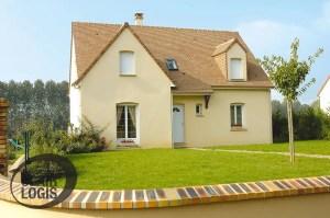 Construction maison traditionnelle avec combles aménagés