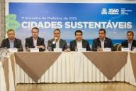 Luciano Cartaxo recebe prefeitos