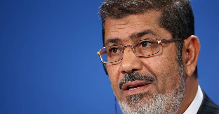 Ex-presidente Mursi condenado a três anos de prisão — Egipto
