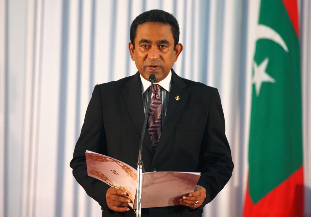 Maldivas declara estado de emergência por crise política