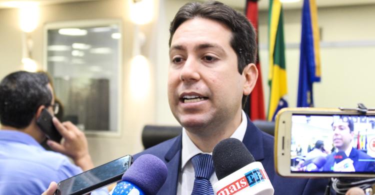 MaisPB • Felipe Leitão anuncia desfiliação do Democratas