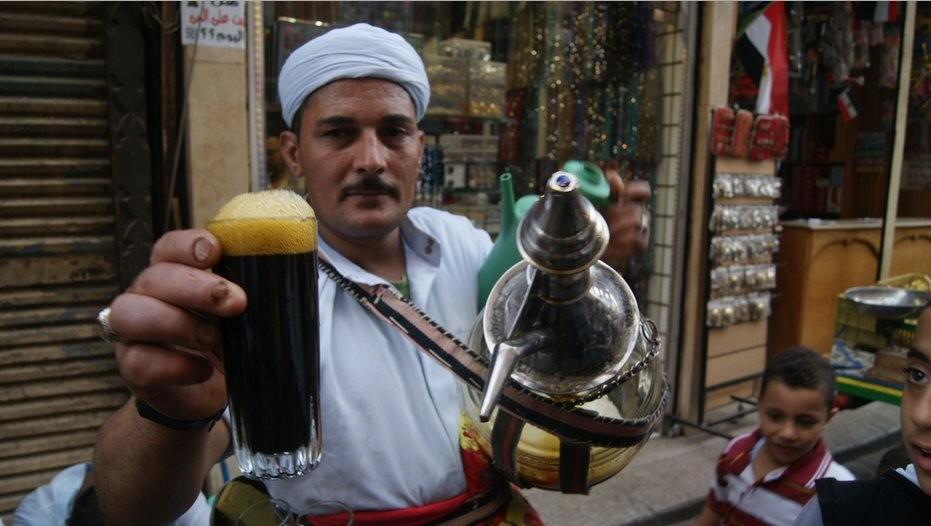 vendedor_bebida_tipica_egipcia O Natal na terra dos faraós