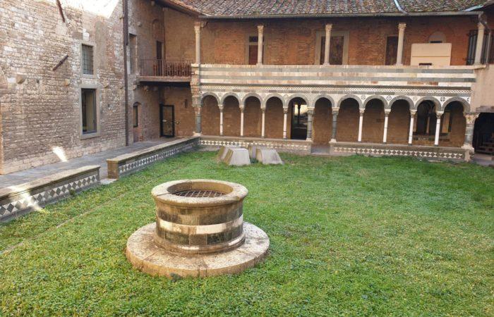 Duomo di prato_chiostro