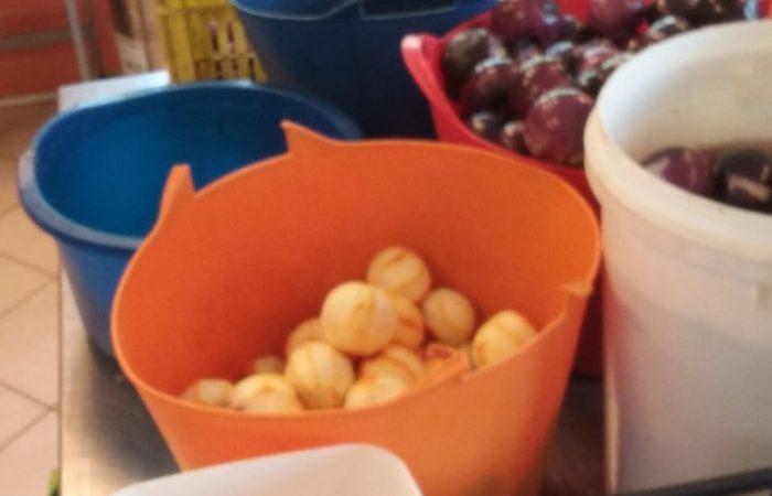 prepariamo la composta di cipolle fiorentine