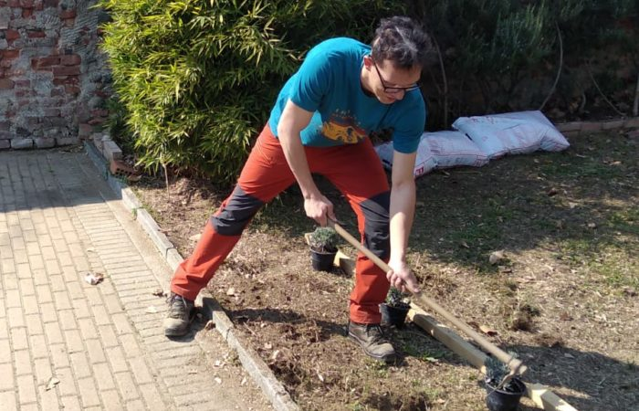 Preparazione spazio verde alla Villa Belfiore di Collegno (To)