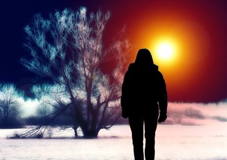 تفسير رؤية الميت حي يكلمك أو يتحدث معك في الحلم أو المنام