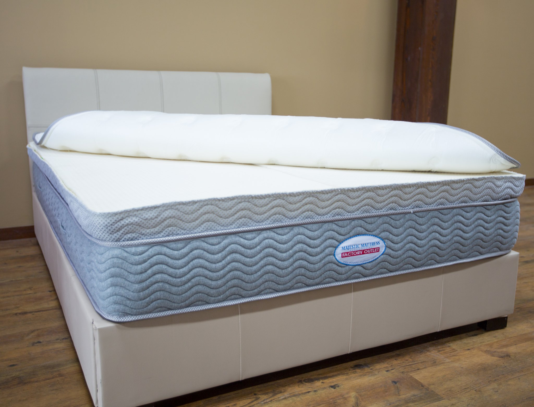 Latex Hybrid  Majestic Mattress