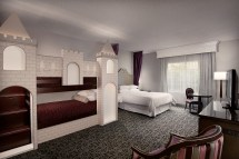 Disneyland Good Neighbor Hotel Rooms & Suites - Anaheim
