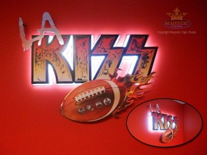LA Kiss Aluminum Sign with Digital Print Sign Overlay