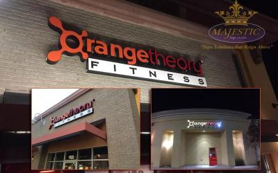 How Illuminated Building Signs Attract Attention to Your Business